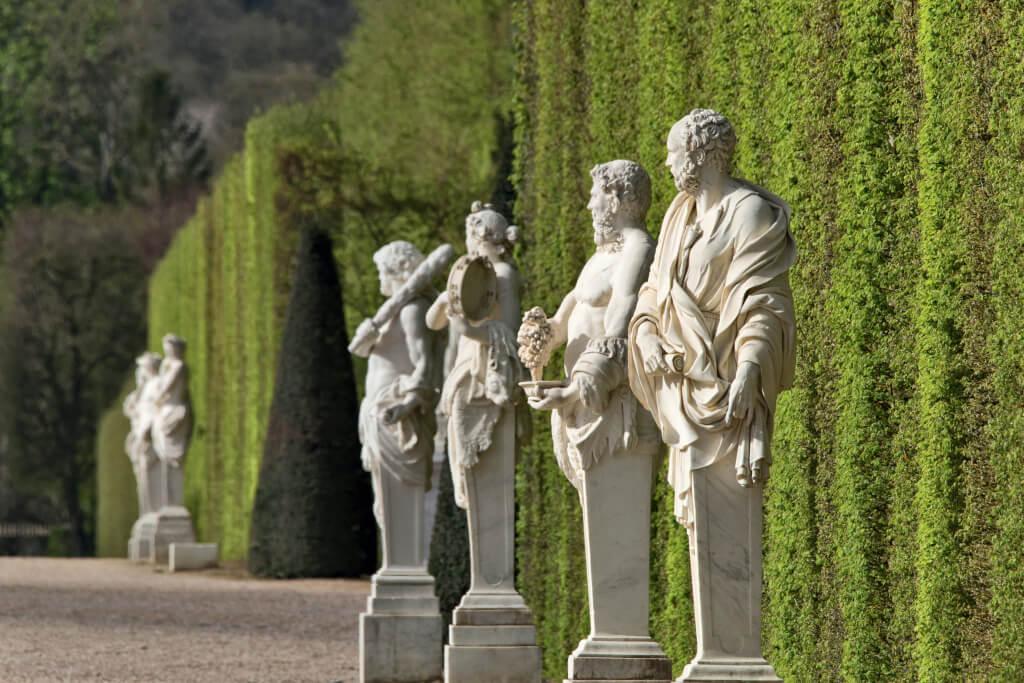 Termes du parterre de Latone dans les jardins de Versailles : Diogène, Satyre, Bacchante et Hercule.