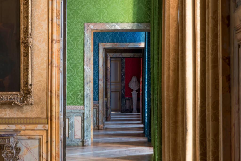 Enfilade des salles Louis XIV, au premier étage de l'aile nord du Château.